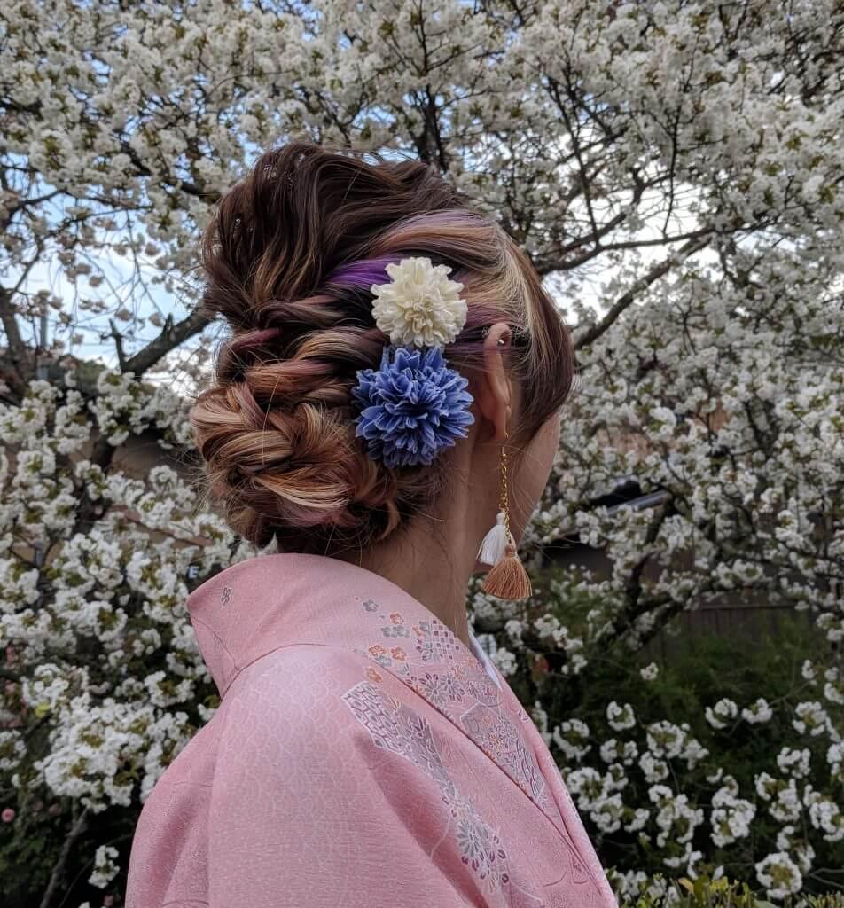 Lovely hairdo and kimono