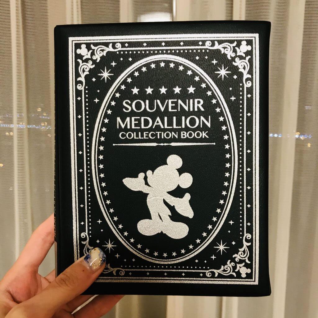 Souvenir Medallion Collection Book Disneyland